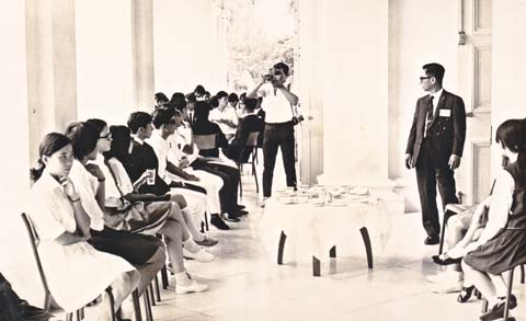 Just before the tea party hosted by President Benjamin Sheares at the Istana, for participants in the first Pre-U seminar 1971