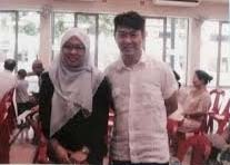 Yang Yin (right) with MP Intan Azura -- pic from The Online Citizen