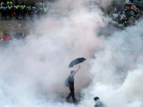 A scene from Hong Kong's umbrella protests, Sept 2014. Pic taken from ABC News.